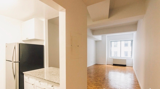 Studio, Financial District Rental in NYC for $3,466 - Photo 2
