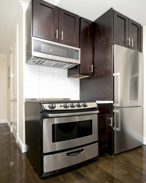 1 Bedroom, Alphabet City Rental in NYC for $3,208 - Photo 2