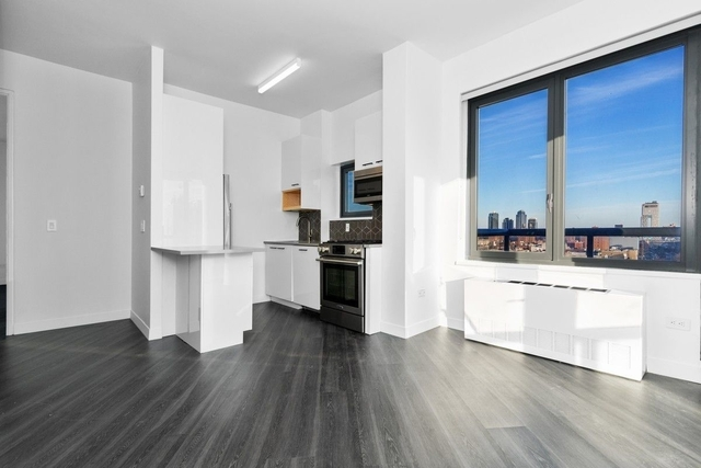 3 Bedrooms, Alphabet City Rental in NYC for $7,563 - Photo 2