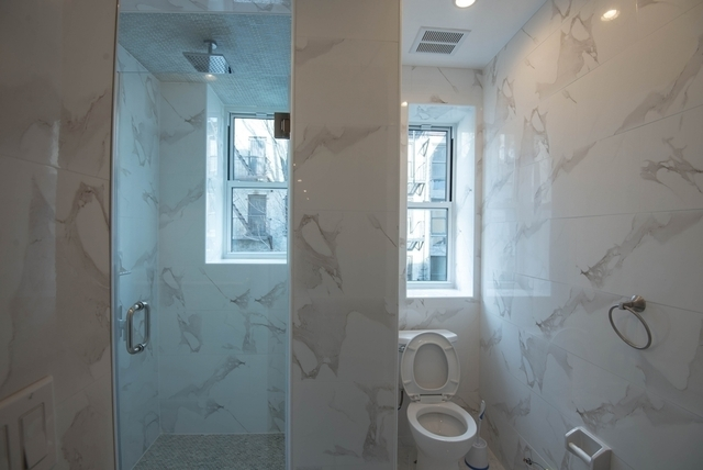 2 Bedrooms, Alphabet City Rental in NYC for $4,050 - Photo 2