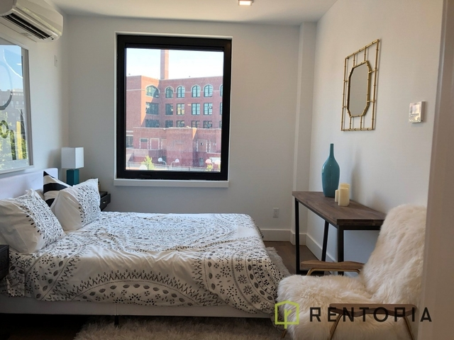 2 Bedrooms, East Williamsburg Rental in NYC for $6,500 - Photo 2