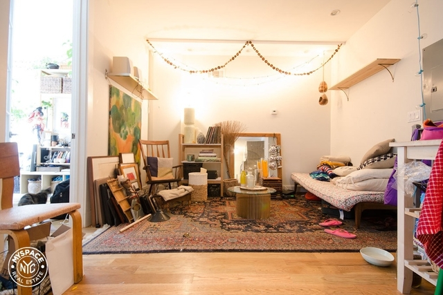 3 Bedrooms, Williamsburg Rental in NYC for $2,999 - Photo 1