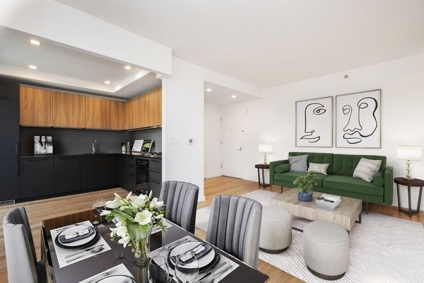 1 Bedroom, Hell's Kitchen Rental in NYC for $4,172 - Photo 2
