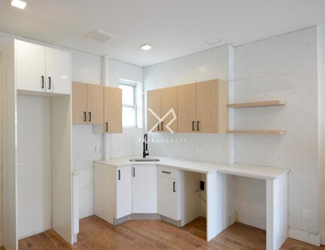 1 Bedroom, Flatbush Rental in NYC for $1,900 - Photo 2