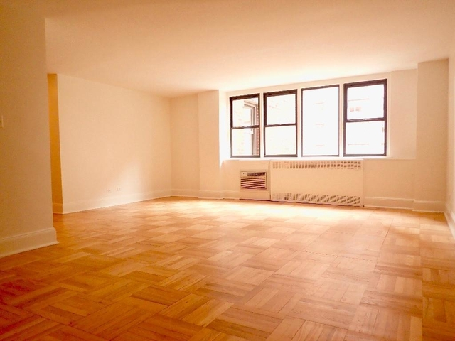 2 Bedrooms, Yorkville Rental in NYC for $5,385 - Photo 2