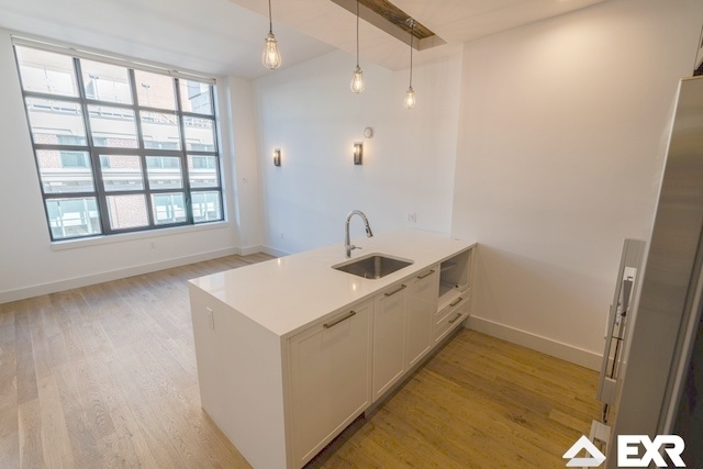 1 Bedroom, Long Island City Rental in NYC for $2,985 - Photo 2