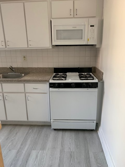 1 Bedroom, Jackson Heights Rental in NYC for $1,775 - Photo 2