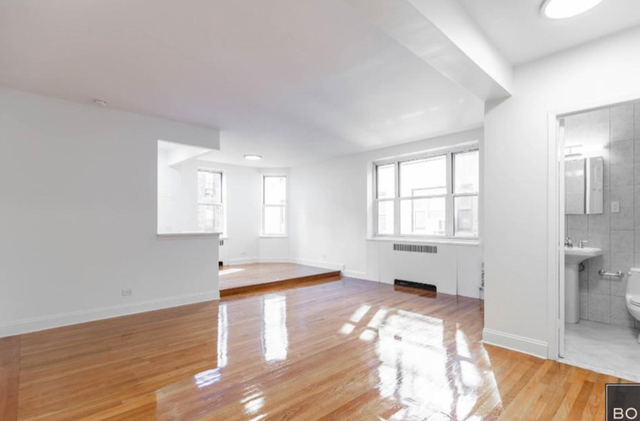 Loft, Hell's Kitchen Rental in NYC for $2,750 - Photo 1
