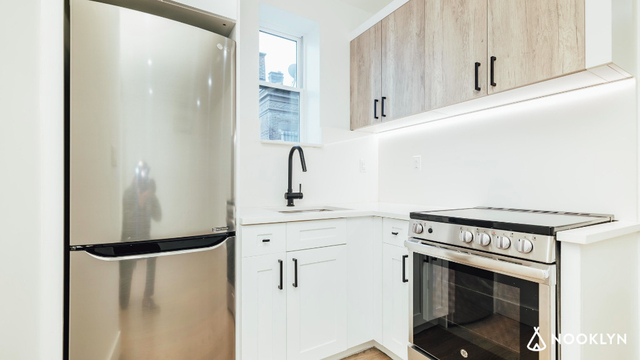 2 Bedrooms, Flatbush Rental in NYC for $2,165 - Photo 1