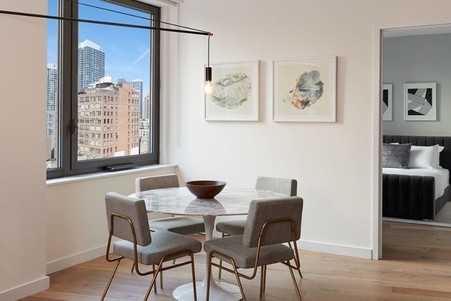 1 Bedroom, Hell's Kitchen Rental in NYC for $4,881 - Photo 2