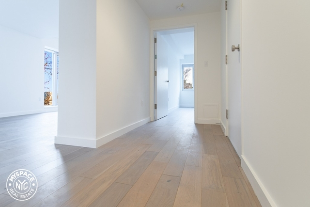 1 Bedroom, Cobble Hill Rental in NYC for $3,699 - Photo 2