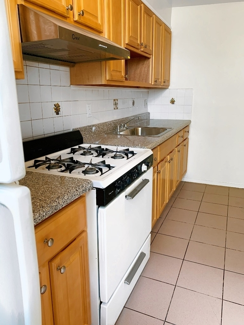 2 Bedrooms, Bay Ridge Rental in NYC for $2,325 - Photo 2
