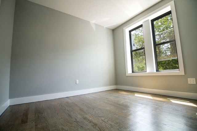 3 Bedrooms, Caton Park Rental in NYC for $2,750 - Photo 2