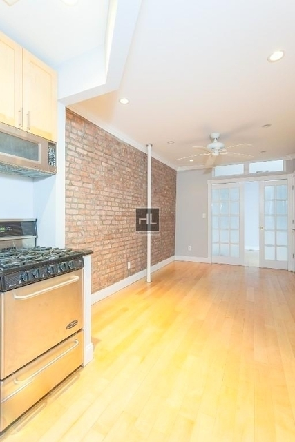 2 Bedrooms, East Village Rental in NYC for $4,195 - Photo 1