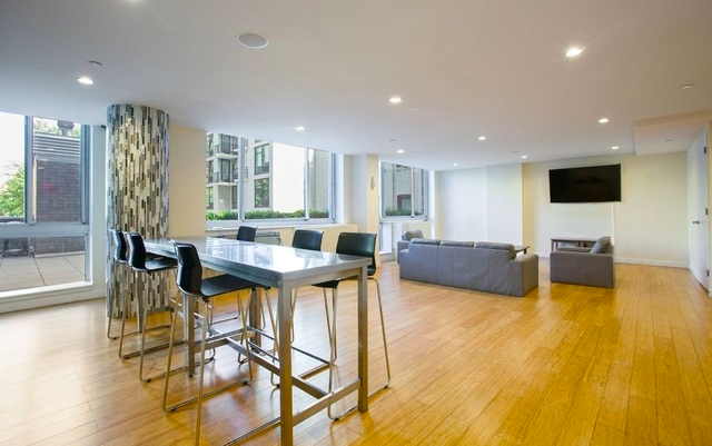 1 Bedroom, Alphabet City Rental in NYC for $3,620 - Photo 2