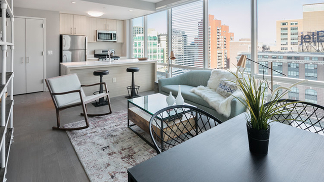 1 Bedroom, Long Island City Rental in NYC for $3,289 - Photo 2