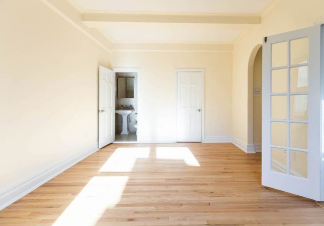 Studio, East Village Rental in NYC for $3,150 - Photo 2