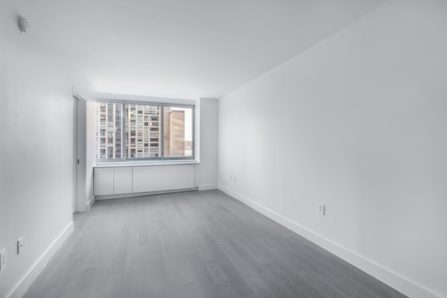 Studio, Lincoln Square Rental in NYC for $3,099 - Photo 2