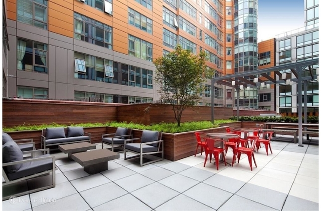 1 Bedroom, Hunters Point Rental in NYC for $3,675 - Photo 1