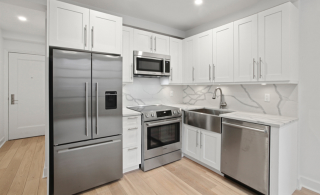 2 Bedrooms, Turtle Bay Rental in NYC for $4,636 - Photo 1