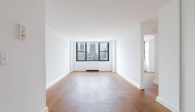 3 Bedrooms, Rose Hill Rental in NYC for $6,300 - Photo 2