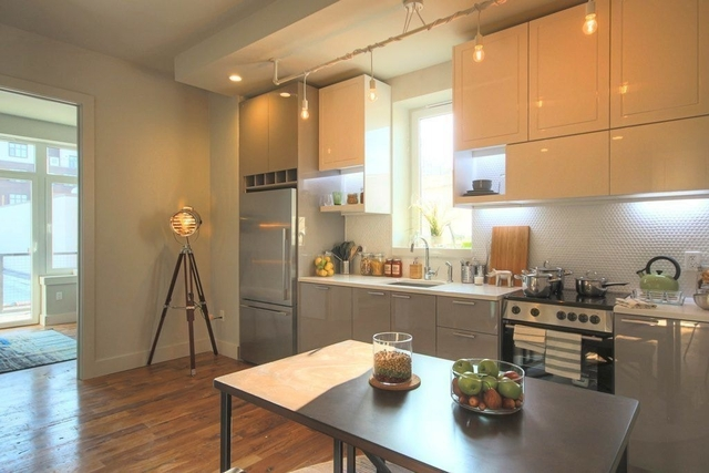 3 Bedrooms, Bedford-Stuyvesant Rental in NYC for $3,214 - Photo 2