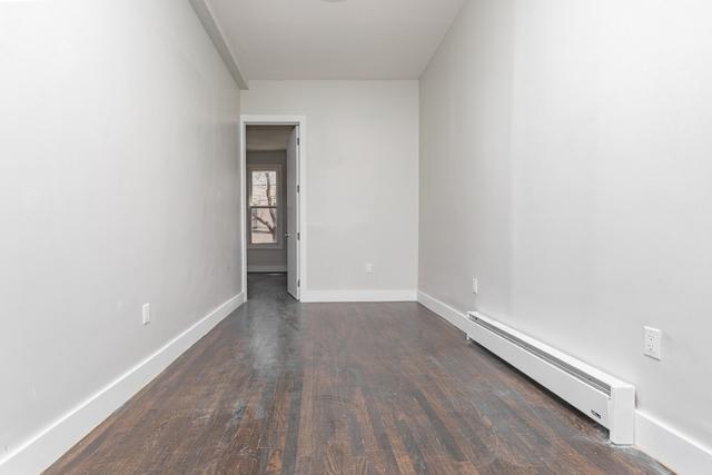 3 Bedrooms, Ridgewood Rental in NYC for $2,704 - Photo 2