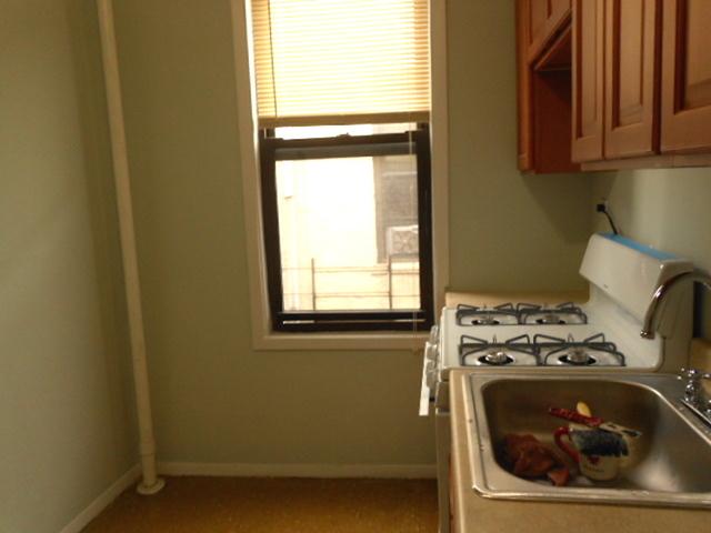 1 Bedroom, Astoria Rental in NYC for $1,850 - Photo 2