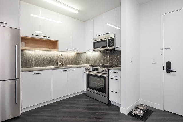 1 Bedroom, Alphabet City Rental in NYC for $4,615 - Photo 2