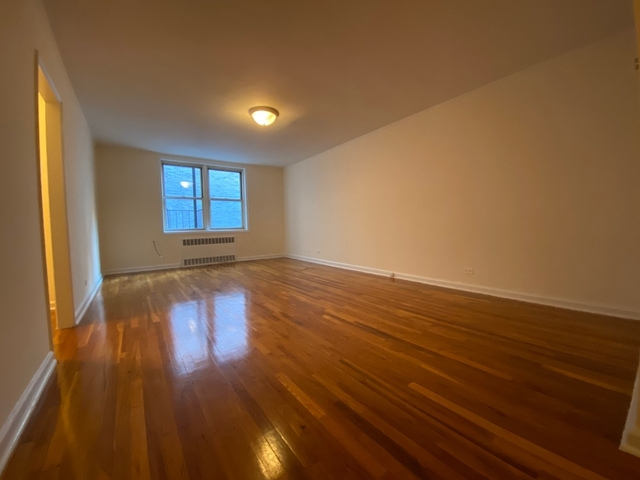 Studio, Yorkville Rental in NYC for $2,291 - Photo 2