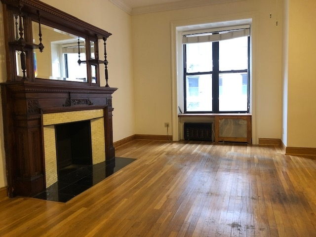 1 Bedroom, Lincoln Square Rental in NYC for $3,095 - Photo 2