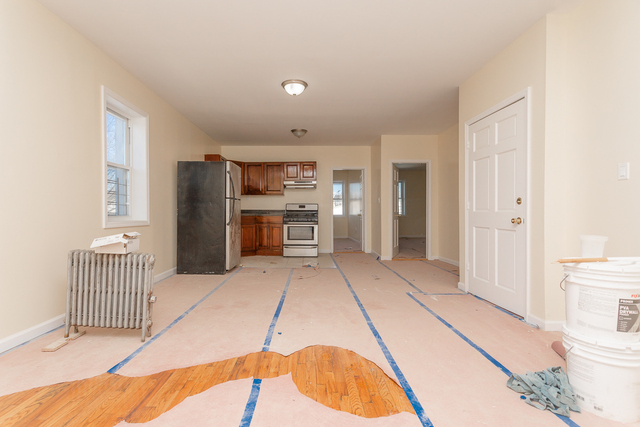 3 Bedrooms, Cypress Hills Rental in NYC for $2,300 - Photo 1