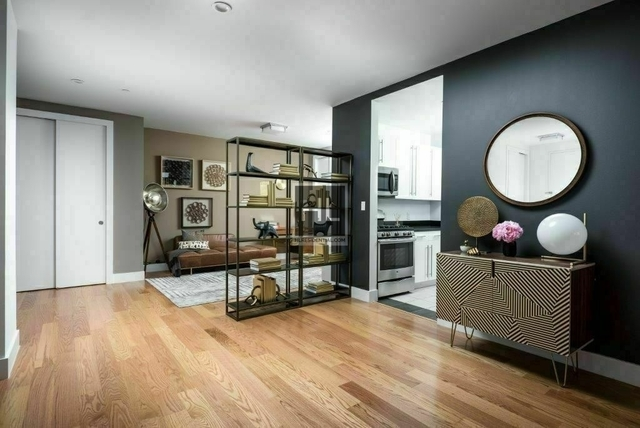 2 Bedrooms, Tribeca Rental in NYC for $7,800 - Photo 2