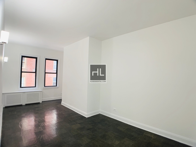 Studio, Chelsea Rental in NYC for $2,659 - Photo 2