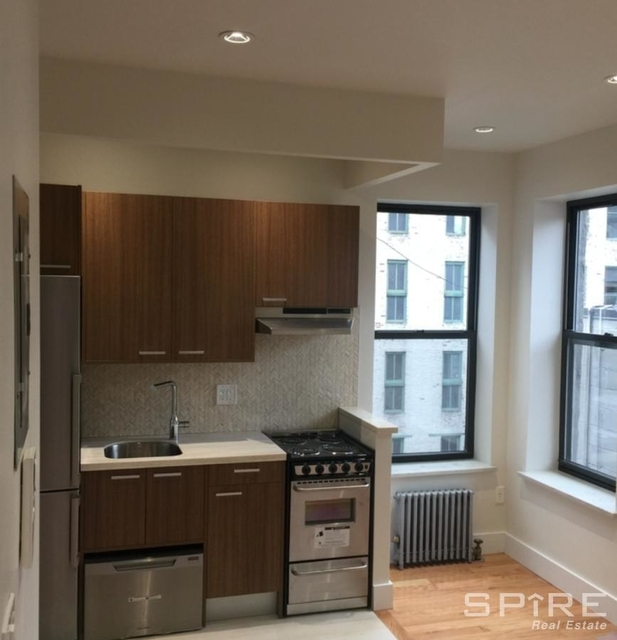 3 Bedrooms, Bowery Rental in NYC for $4,499 - Photo 2