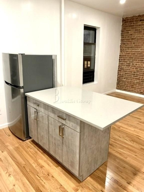 2 Bedrooms, Upper West Side Rental in NYC for $4,799 - Photo 2