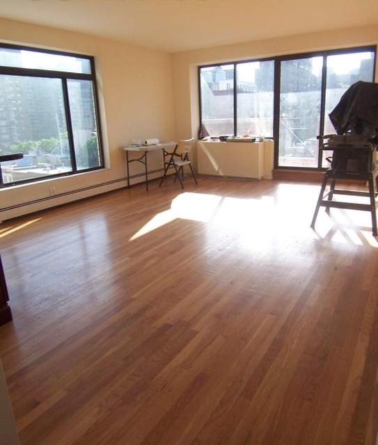 3 Bedrooms, Chelsea Rental in NYC for $4,850 - Photo 2
