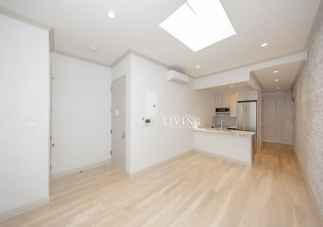 2 Bedrooms, East Village Rental in NYC for $5,600 - Photo 1