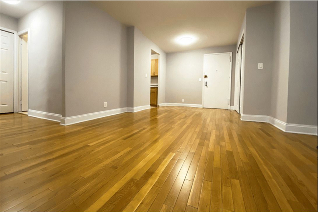 2 Bedrooms, Turtle Bay Rental in NYC for $4,015 - Photo 2