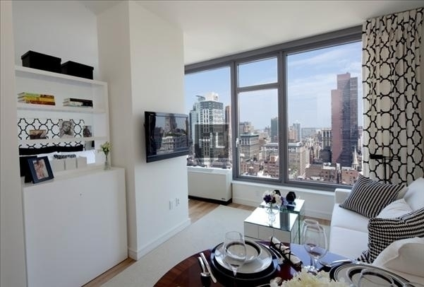 1 Bedroom, Chelsea Rental in NYC for $5,960 - Photo 1