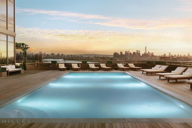 1 Bedroom, Long Island City Rental in NYC for $3,762 - Photo 2