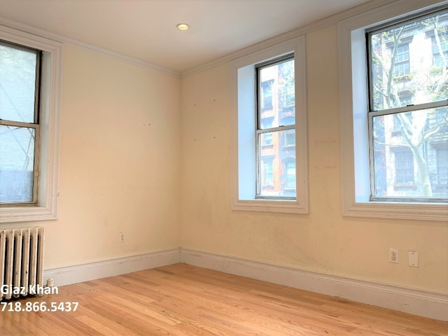 2 Bedrooms, Hell's Kitchen Rental in NYC for $2,925 - Photo 1