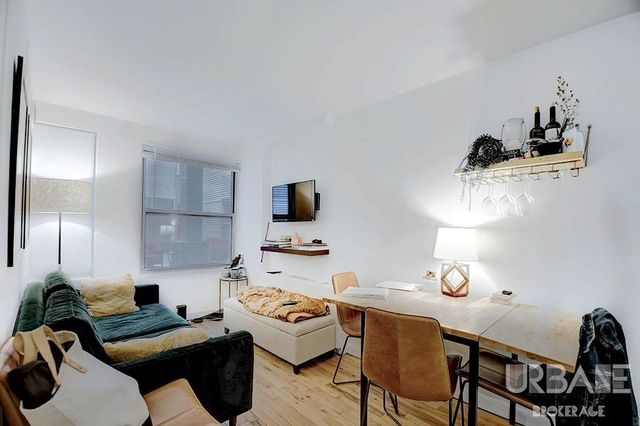 3 Bedrooms, West Village Rental in NYC for $4,578 - Photo 2