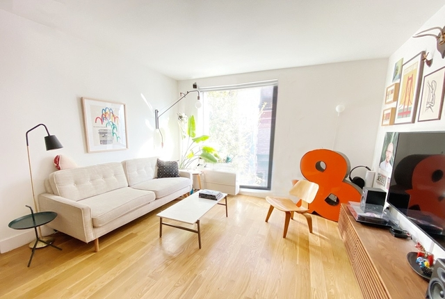 1 Bedroom, Yorkville Rental in NYC for $3,055 - Photo 1