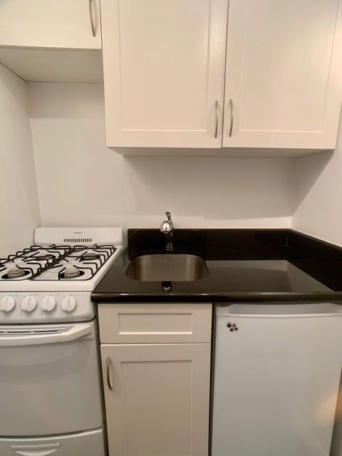Studio, Upper East Side Rental in NYC for $2,310 - Photo 2