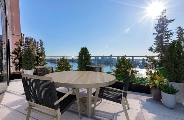 2 Bedrooms, Murray Hill Rental in NYC for $11,667 - Photo 1