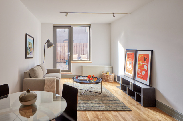 2 Bedrooms, Cobble Hill Rental in NYC for $3,995 - Photo 2