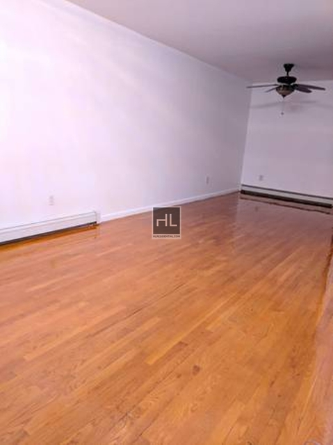 3 Bedrooms, Maspeth Rental in NYC for $2,700 - Photo 1
