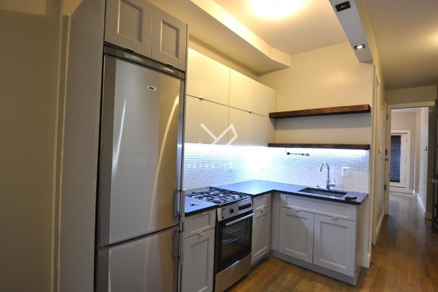 2 Bedrooms, Ridgewood Rental in NYC for $3,019 - Photo 2