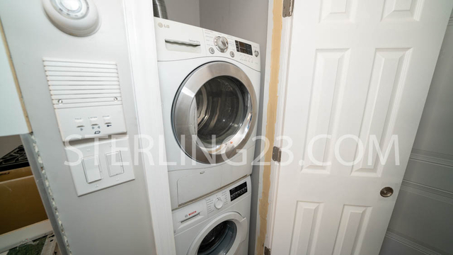 1 Bedroom, Ditmars Rental in NYC for $2,150 - Photo 2